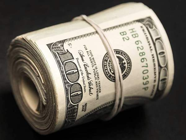 صورة سعر الدولار اليوم بالبنوك والسوق السوداء في مصر الآن