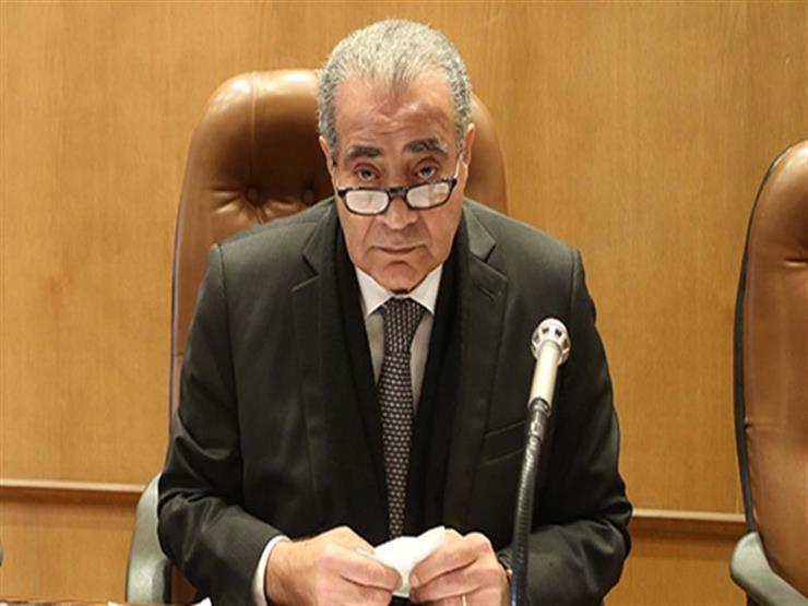 وزير التموين يكشف حقيقة اجبار المواطنين علي شراء كمامات بطاقات التموين